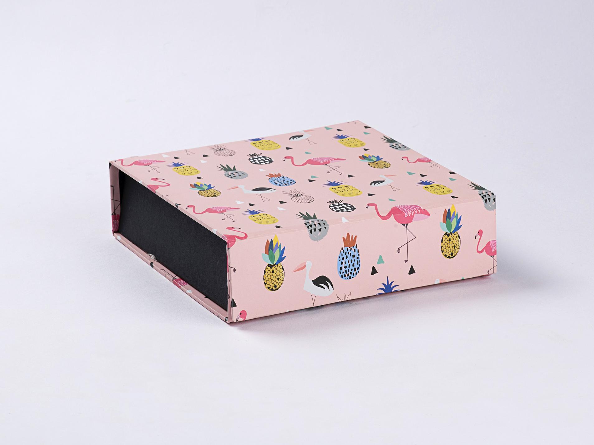 Flamingo Gift Box.JPG