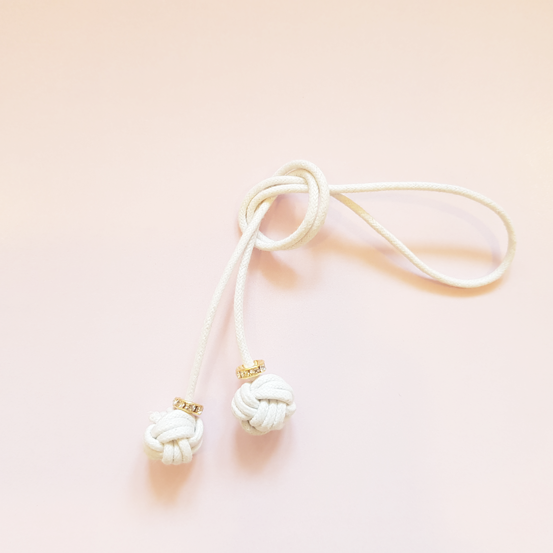 white-bookmark.png
