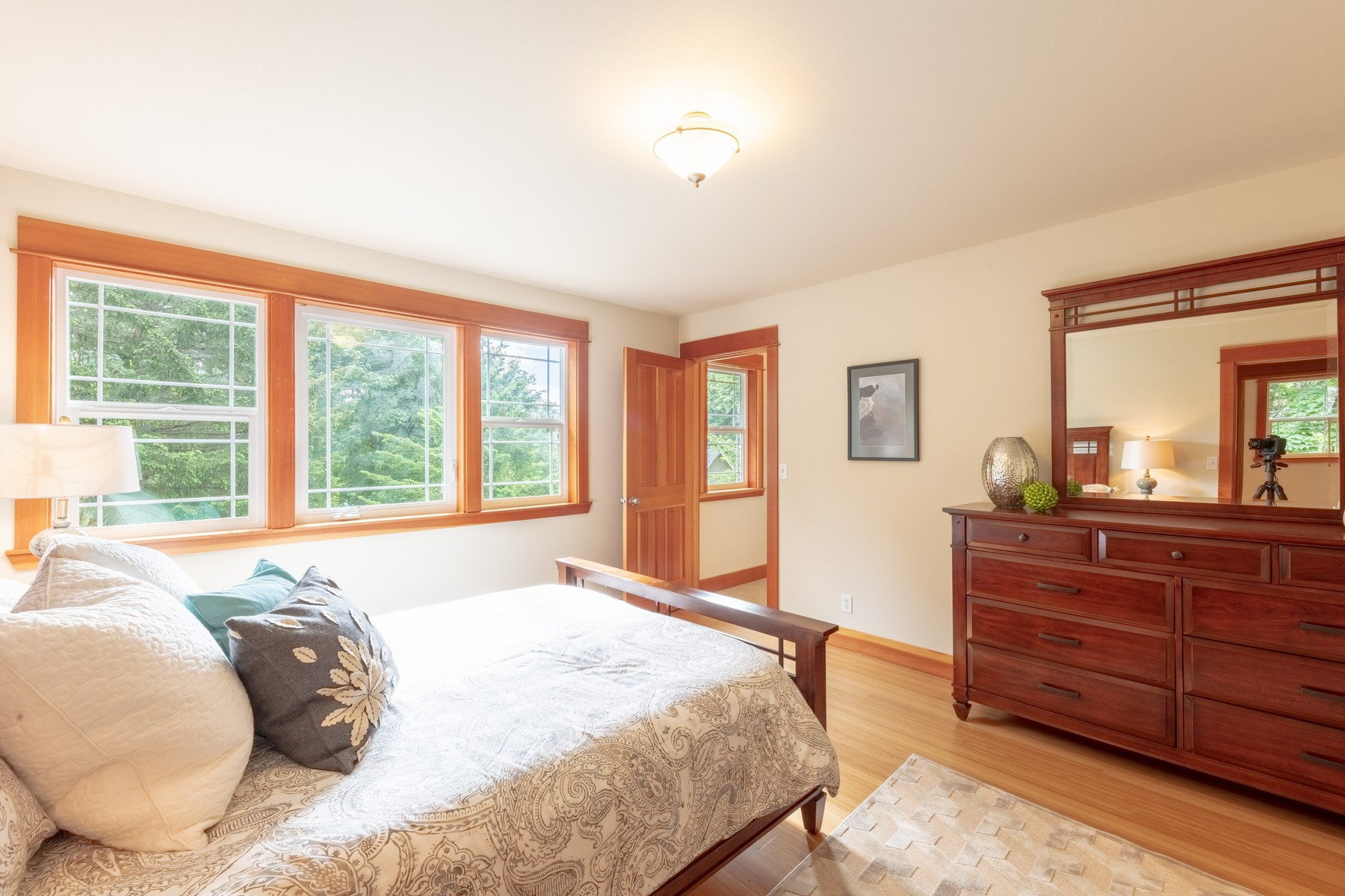 The  east  bedroom  is  filled  with  morning  light  and  incudes  a  walk-in  closet  and  bamboo  flooring.    Don't  need  4  bedrooms?    Than  this  is  the  perfect  exercise  room.