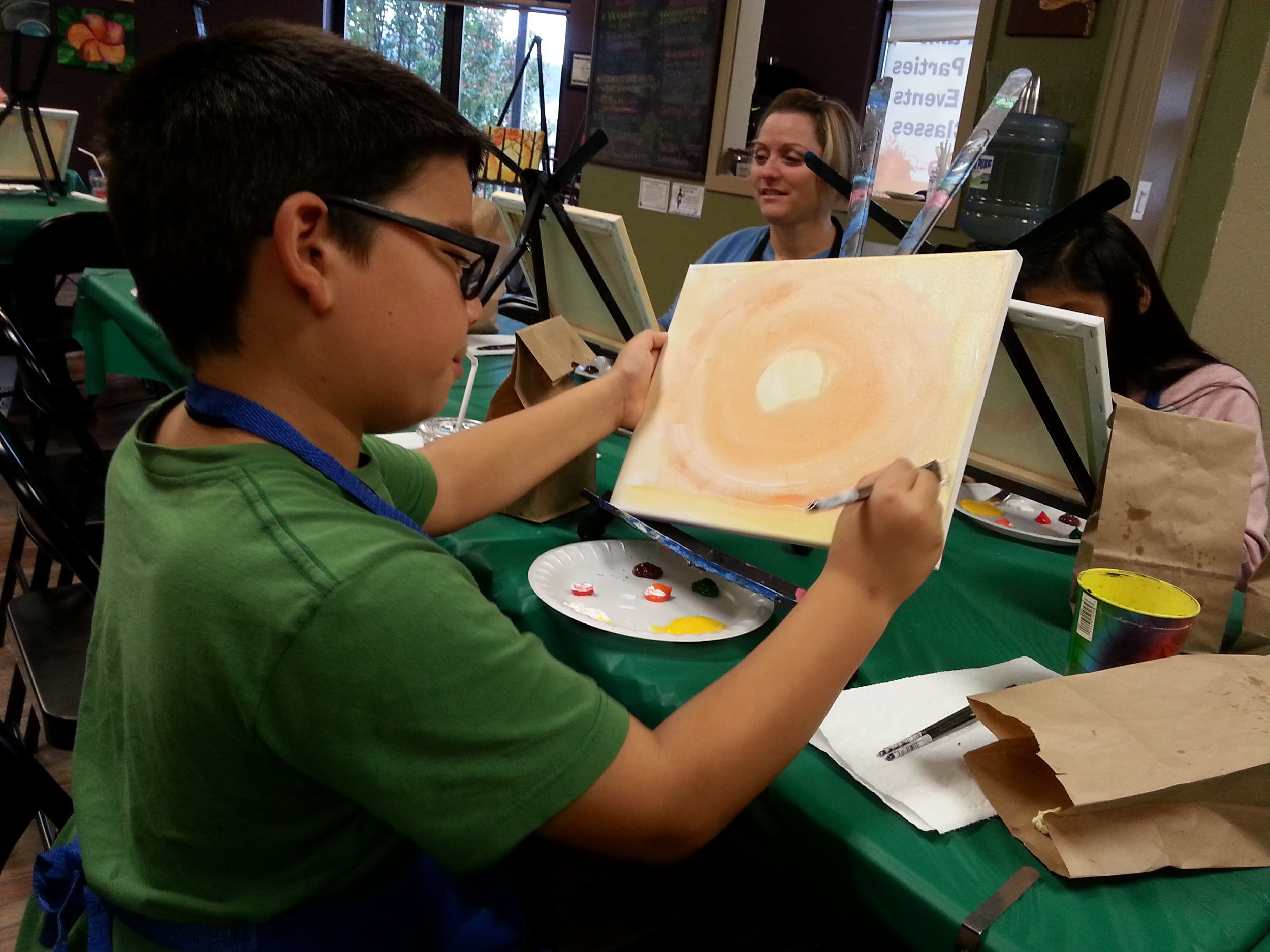 ART 4 JOY - Sip n' Paint - Central Point - What to do in Southern Oregon - Things to do - Events - Girls Night - Family - Kids (2).jpg