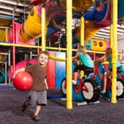KIDZONE at CLUB NORTHWEST - What to do in Southern Oregon Birhtday Parties - Things to do in Grants Pass