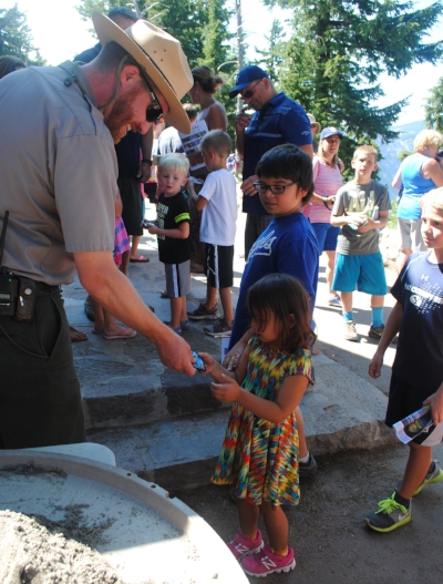 CRATER LAKER JUNIOR PARK RANGER  - What to do in Southern Oregon - Things to do at Crater Lake - FREE