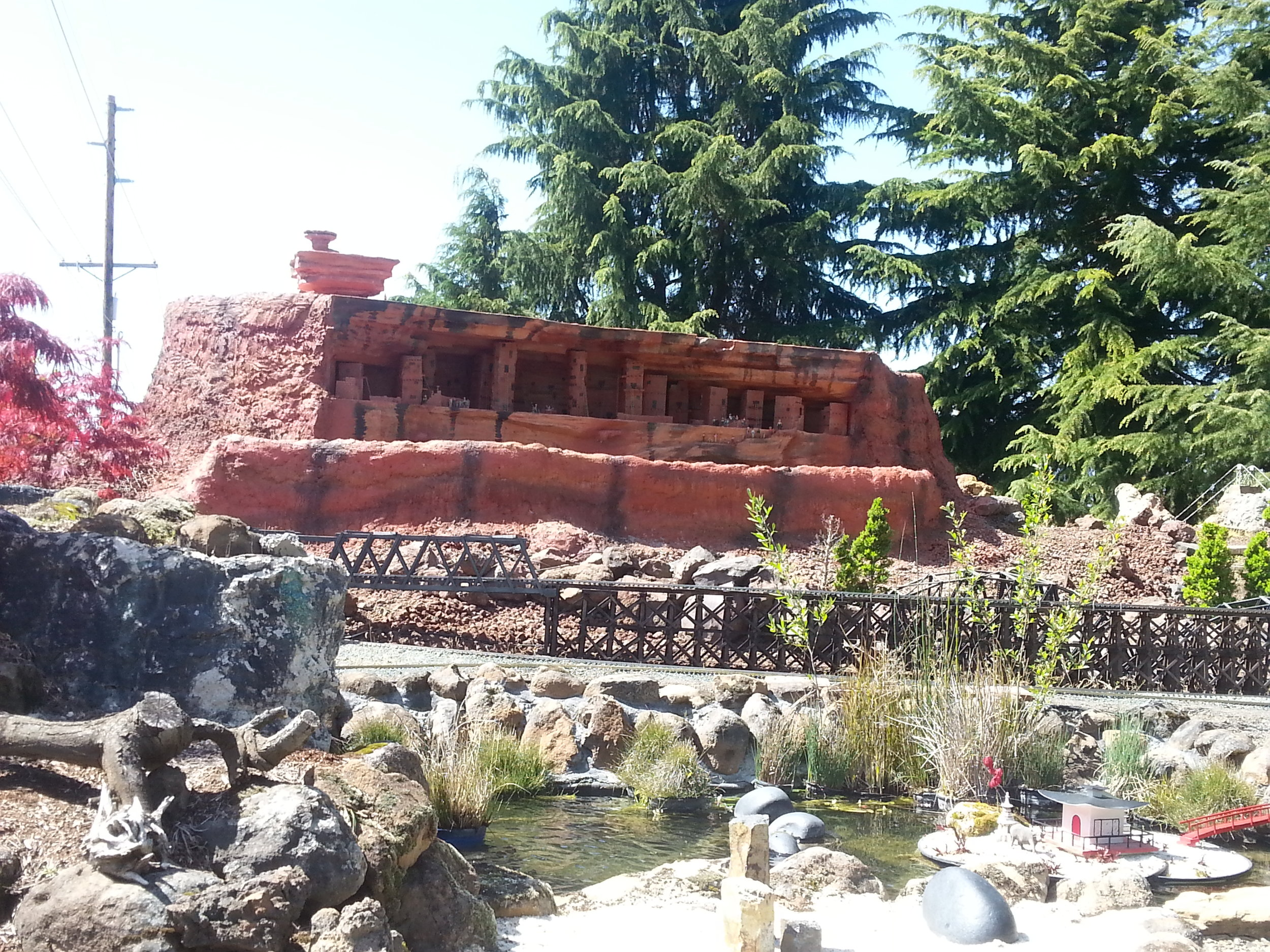 MEDFORD RAILROAD PARK - FREE FUN FOR THE WHOLE FAMILY - What to do in Southern Oregon- Things to do - Where to Have Birthday Parties