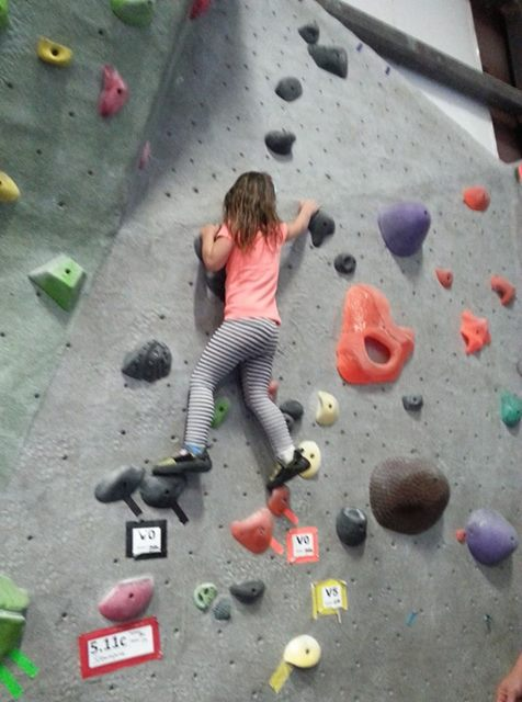 ROCK CLIMBING at ROGUE ROCK GYM - What to do ofr Spring Break - What to do in Southern Oregon - Things to do - Events