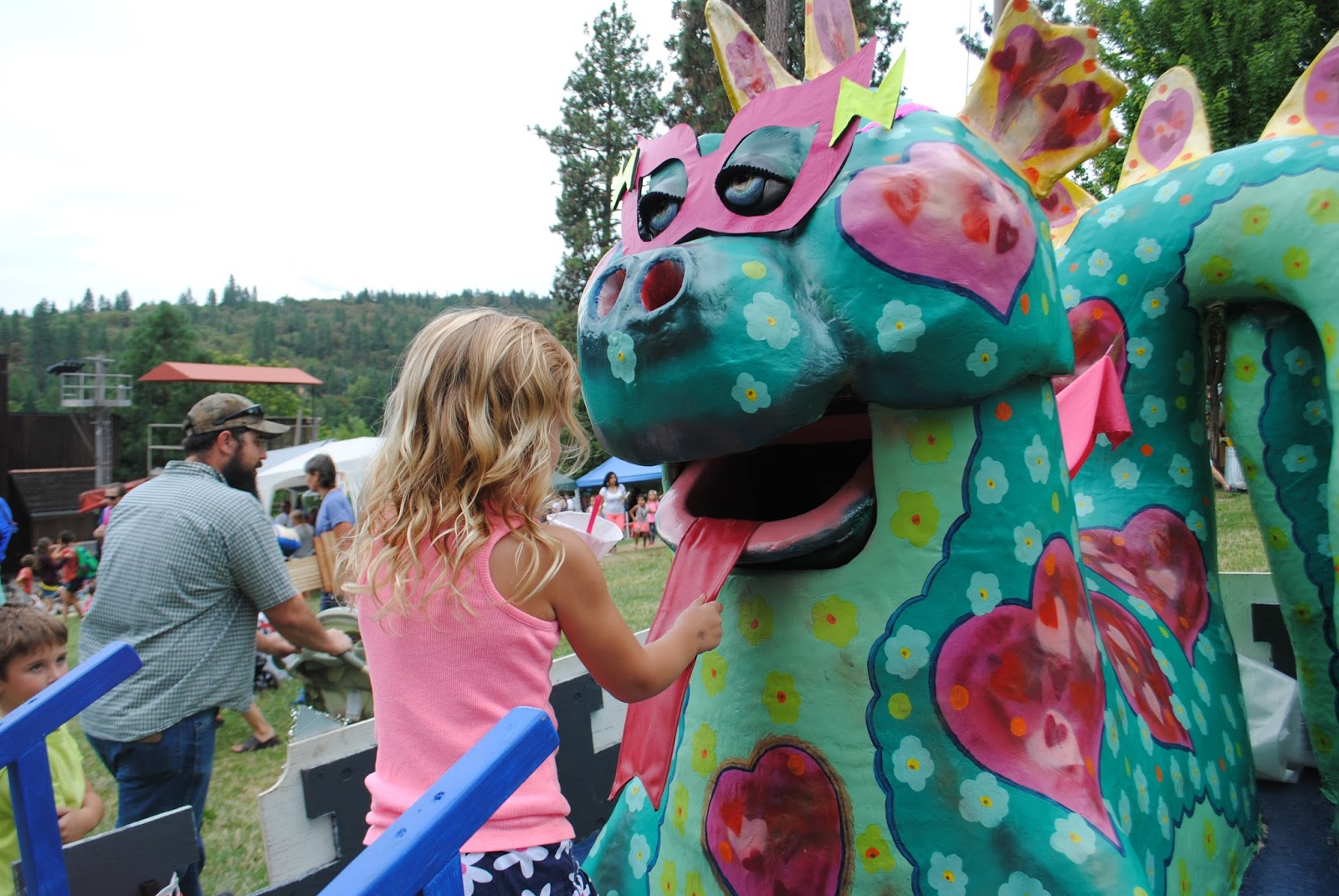 CHILDREN'S FESTIVAL in JACKSONVILLE, OREGON - MAGICAL FUN FOR THE COMMUNITY - What to do in Southern Oregon - Things to do - Kid-Friendly - Events