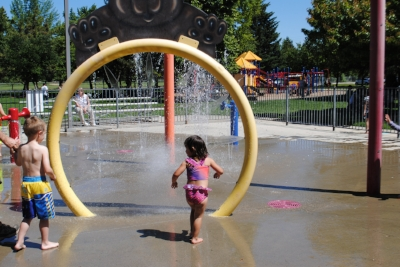 FICHTNER MAINWARING PARk - What to do in Southern Oregon - Spray Parks - Things to do with Kids - Medford
