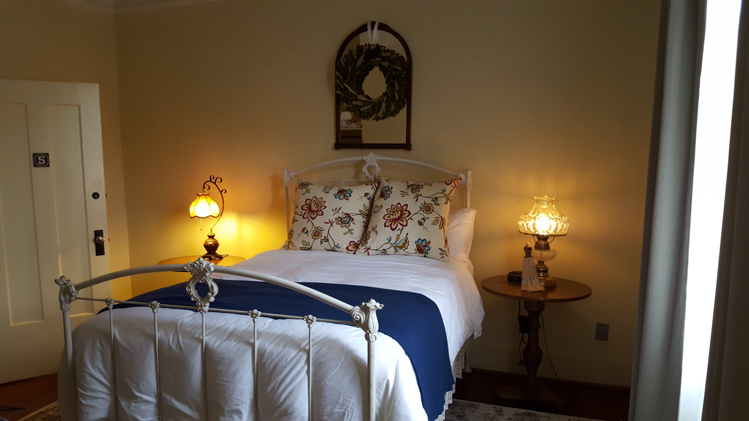 Wolf Creek Inn - What to do in Southern Oregon