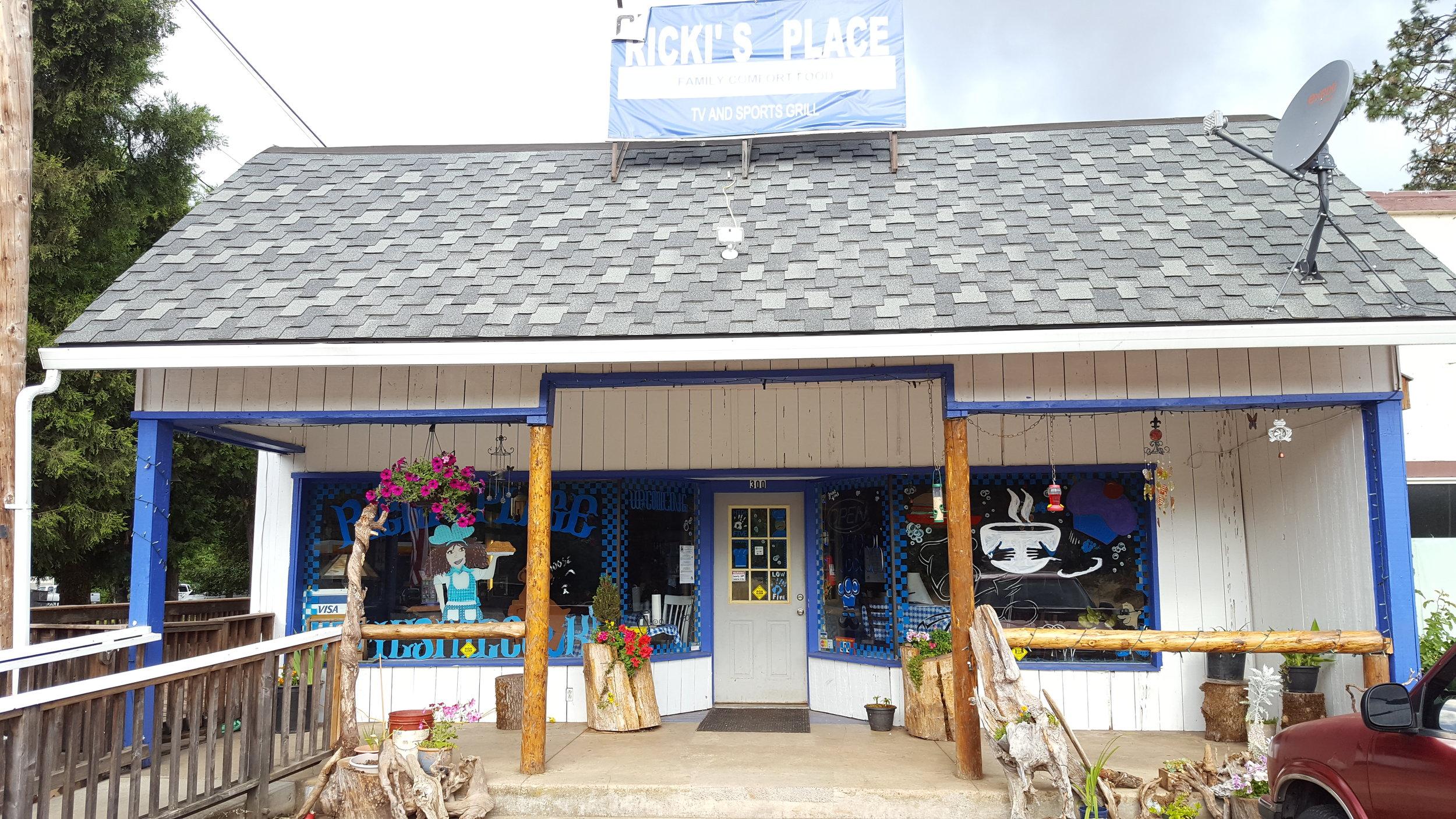 Wolff Creek Sports Bar
