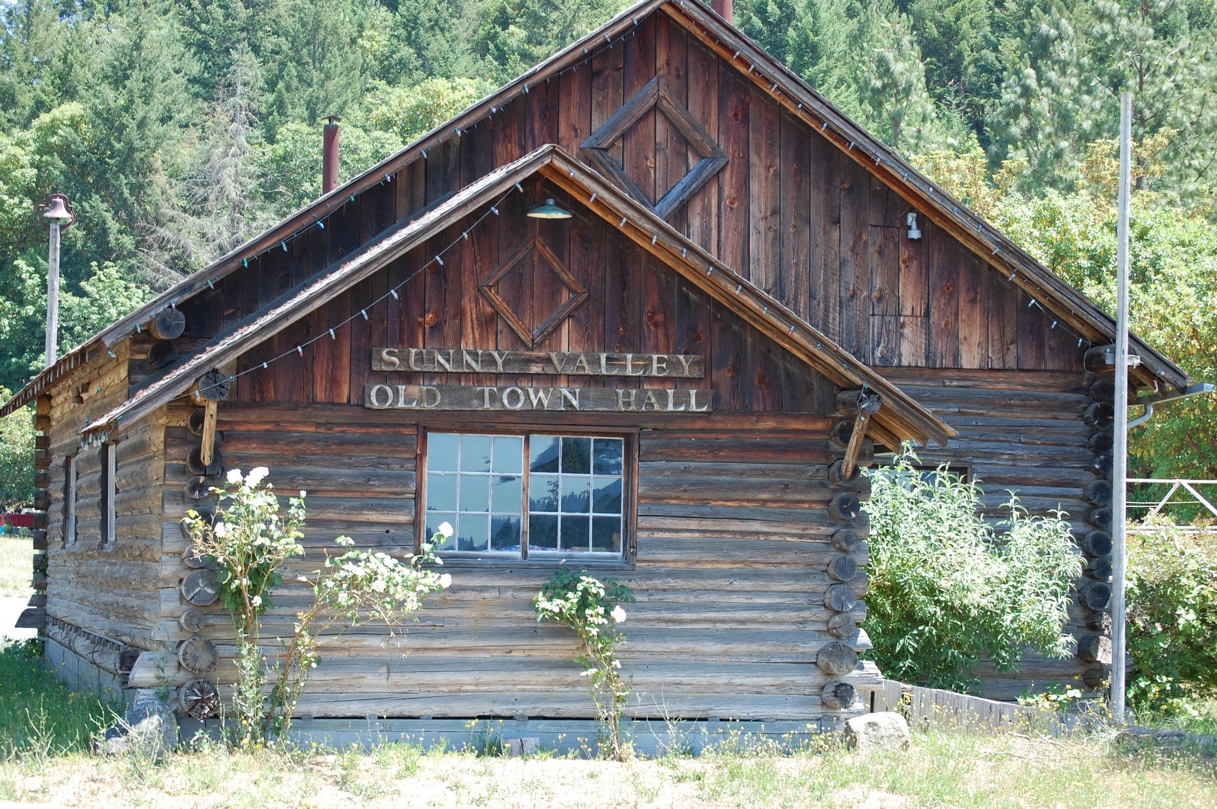 Applegate Trail Interpretive Trail Museum
