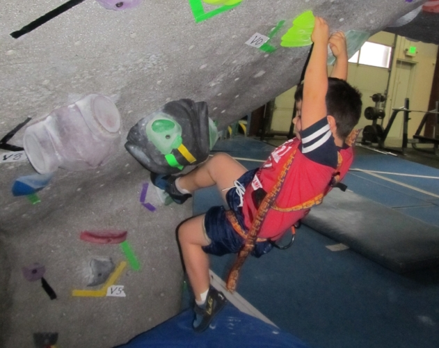 ROGUE ROCK GYM - Indoor Rock Climbing - What to do in Southern Oregon - Things to do on a Rainy Day in Southern Oregon