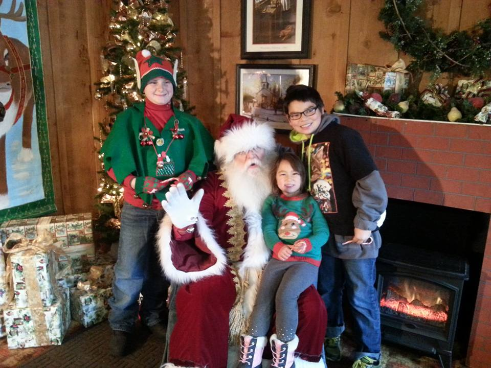 Jacksonville Oregon Victorian Christmas - What to do in Southern Oregon