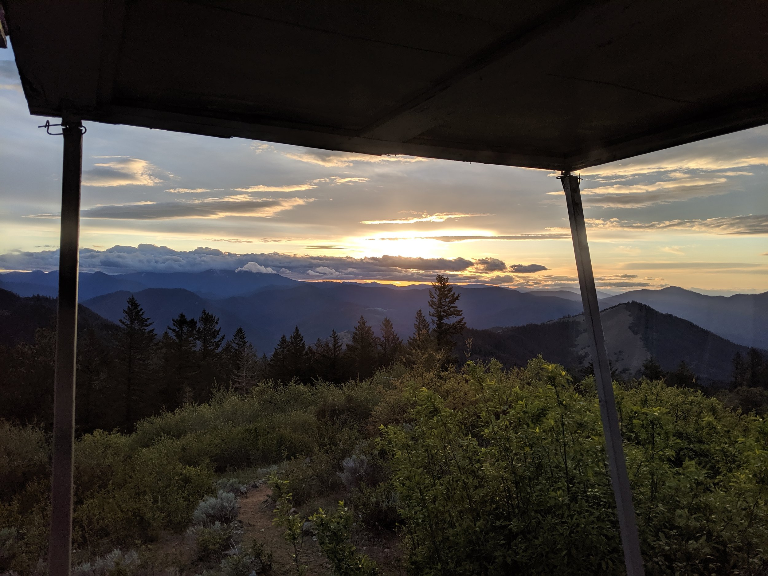 Squaw Peak Lookout - Jacksonville - Hike - What to do in Southern Oregon