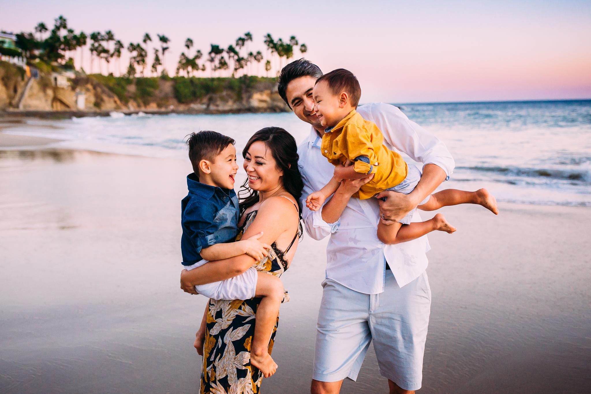 lagunabeachfamilyphotographer-17.jpg