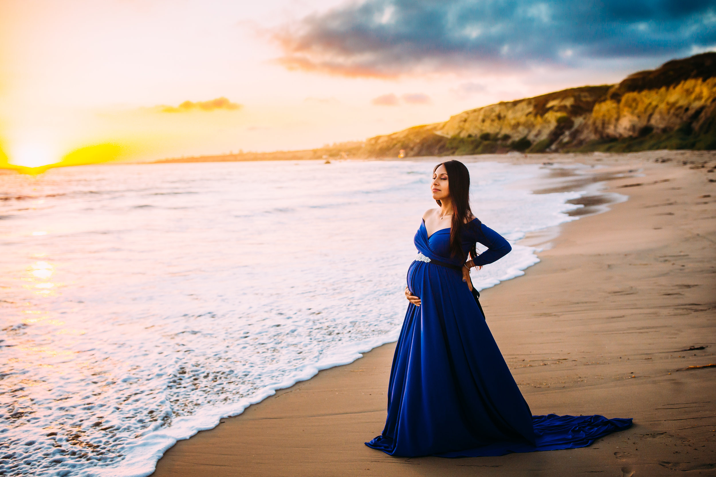 maternity photo session in Newport Beach, Orange County, CA