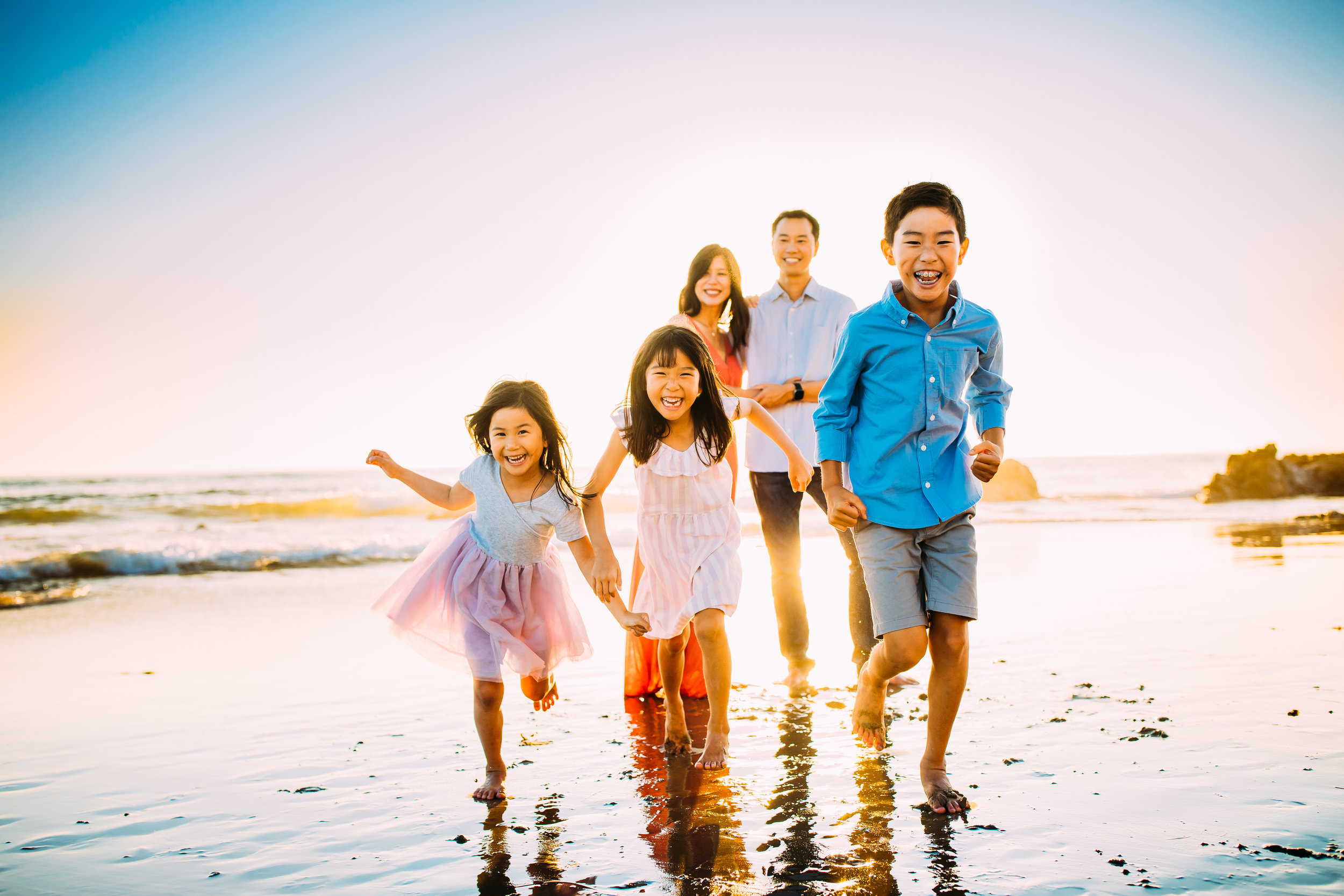 outdoor family photo session at Newport Beach, Orange County, CA