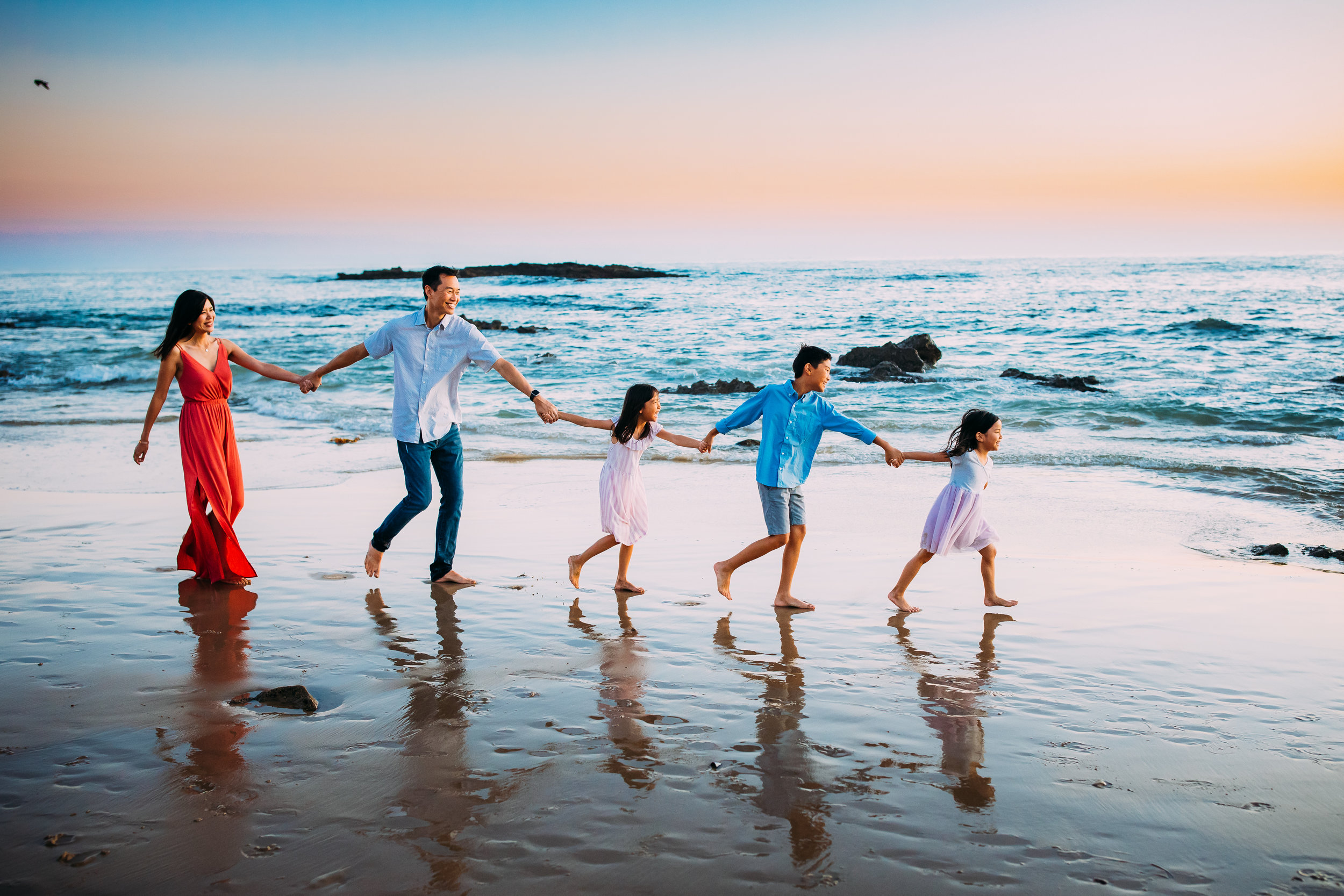 beautiful family photo session in sunny Newport Beach, CA