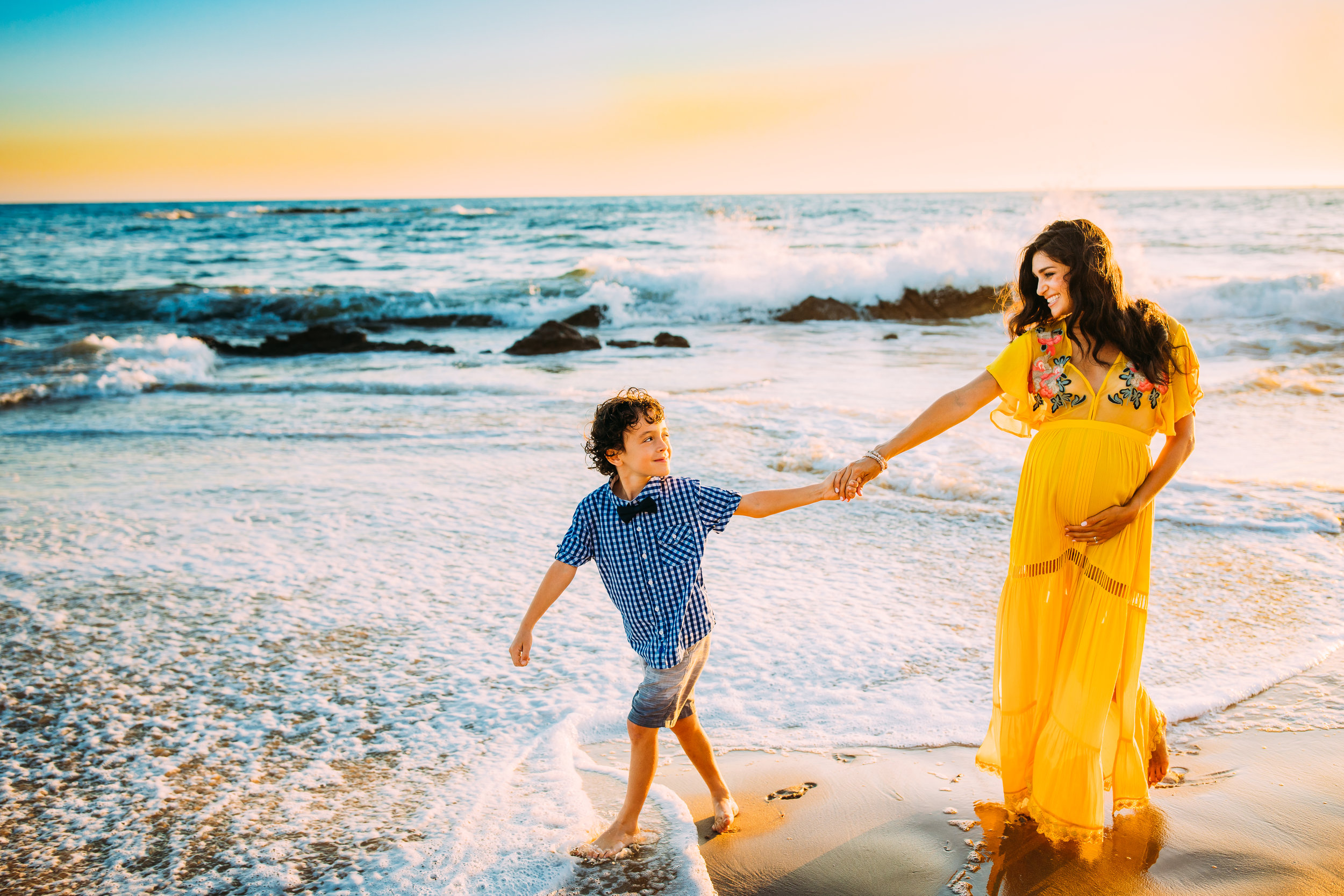 outdoor family photo shoot in Newport Beach, Orange County, CA