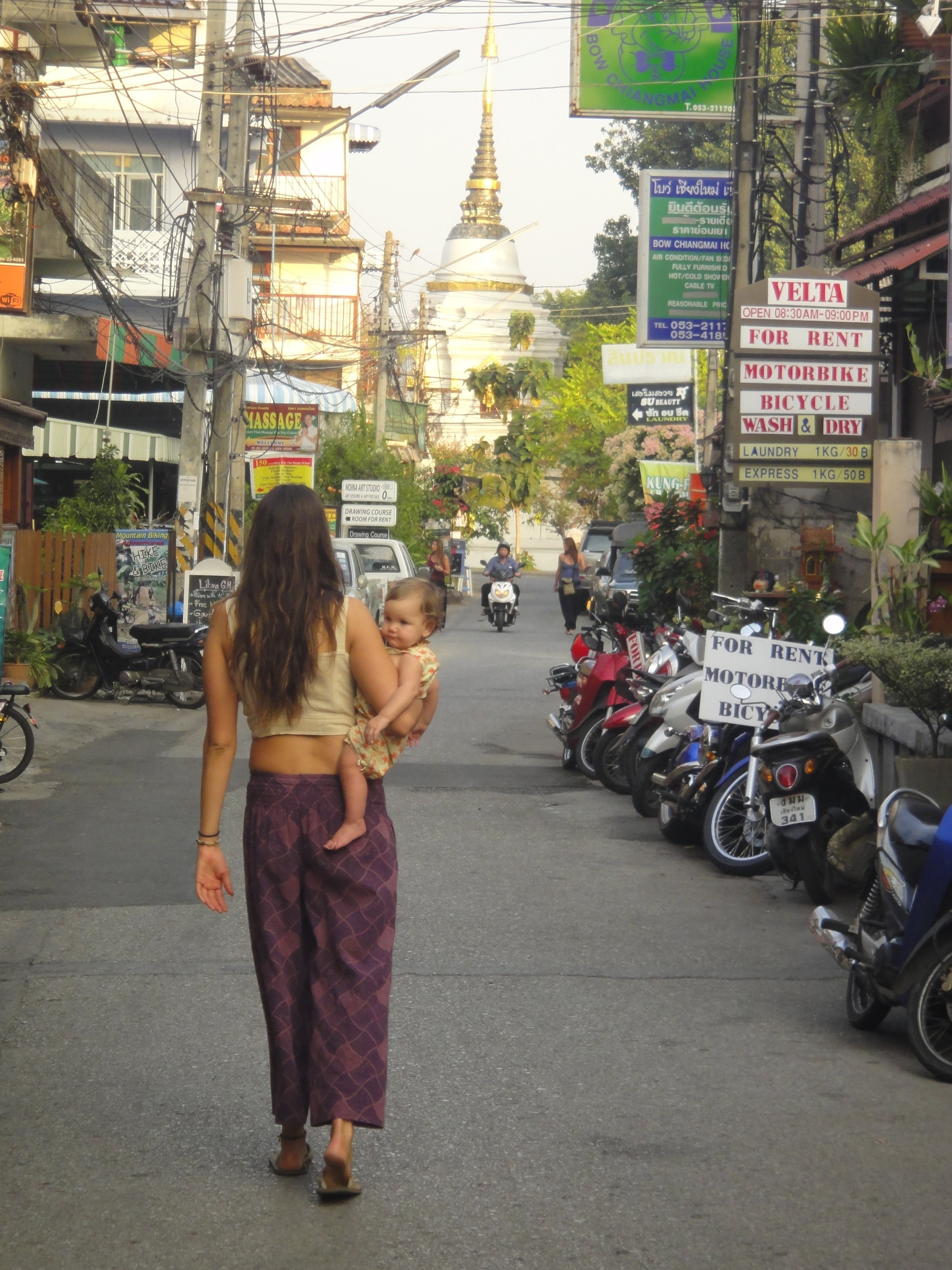 Kassie and Astraea exploring the streets of Chang Mai, Thailand