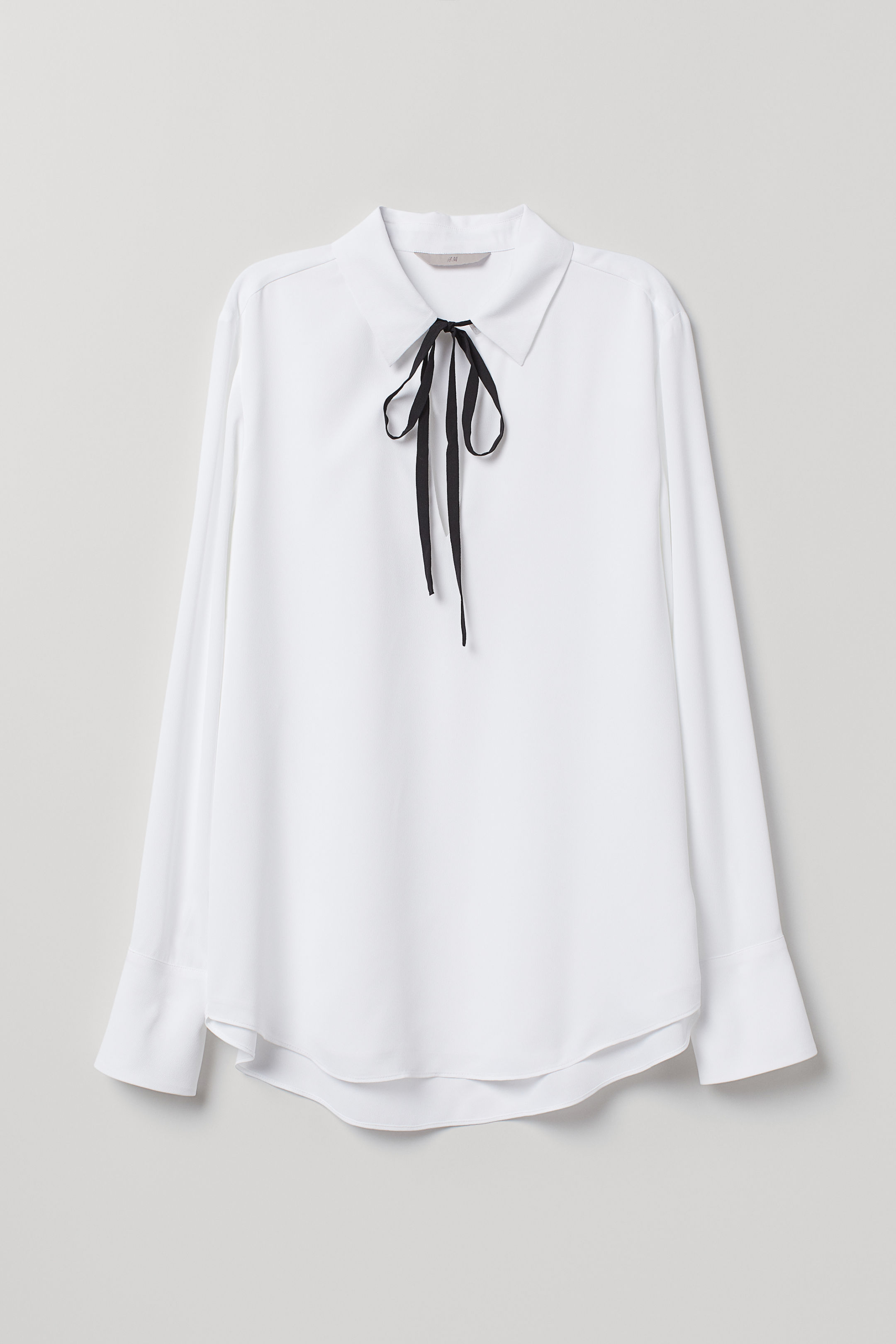 Crêped Blouse with Ties