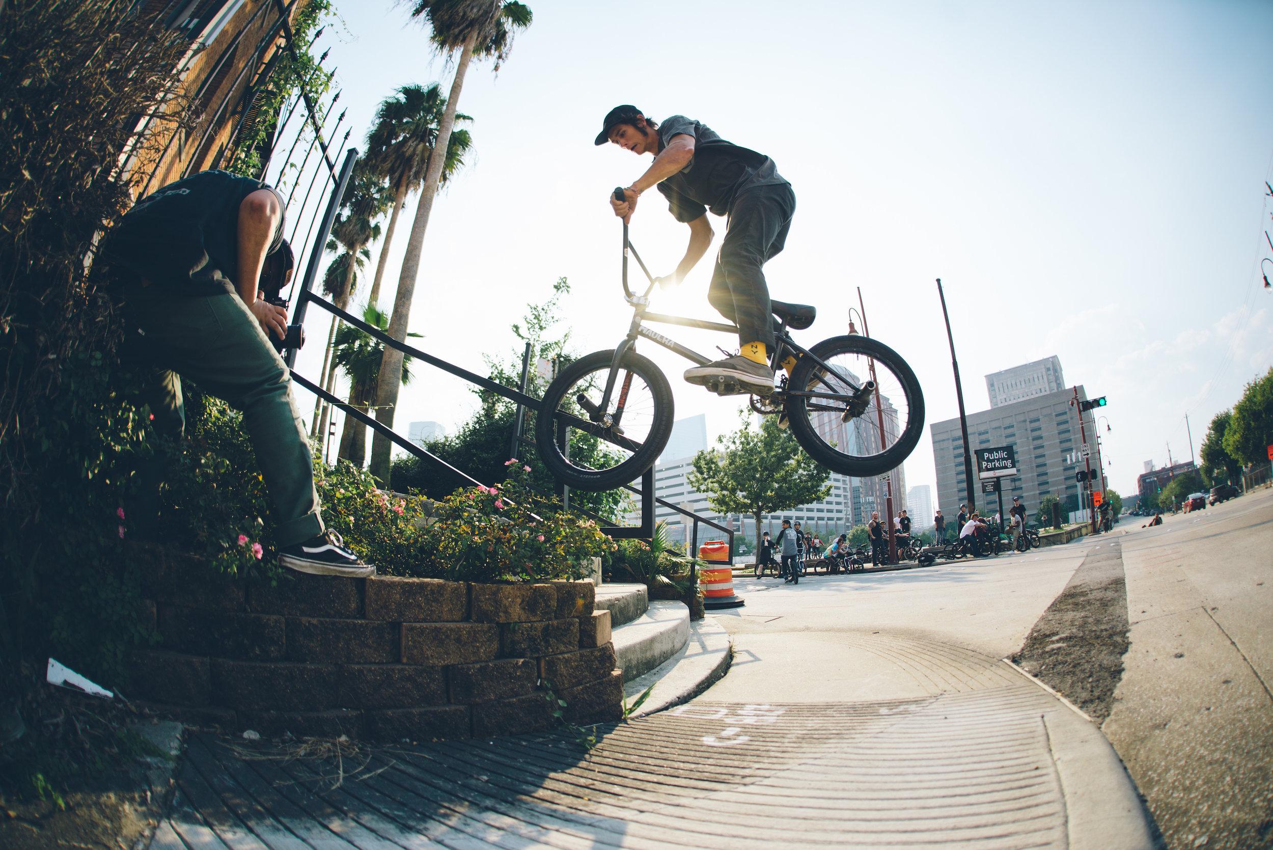 20170910 sunday street ride Kirby Crumpler_half res_8.jpg