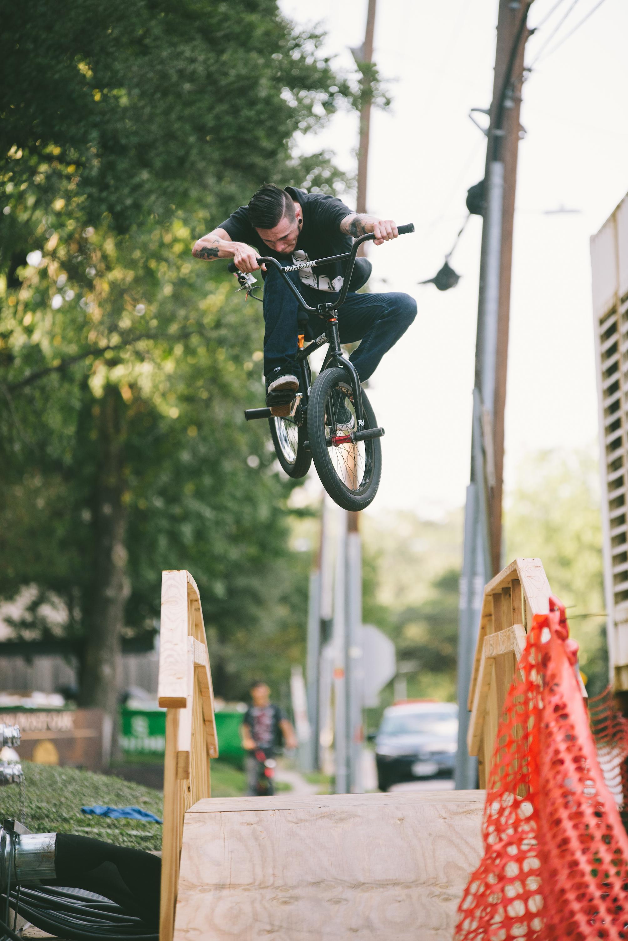 20171001 sunday street ride Kirby Crumpler_half res_13.jpg
