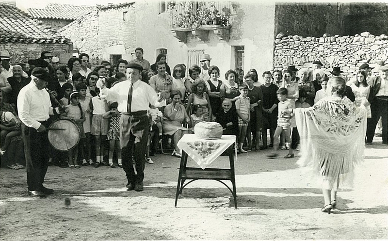 Pachanga in a Small village of La Mancha. 1950