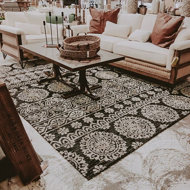 This set up of Magnolia Home at our Norman store 😍😍 and it's ALL 30% off this week!! . . . . . #reclaimedwarehouse #shoplocal #shopsmall #magnolia #magnoliahome #home #decor #homestylinginspo #farmhouse #southernstyle #lovelyliving #simplethingsmadebeautiful #finditstyleit