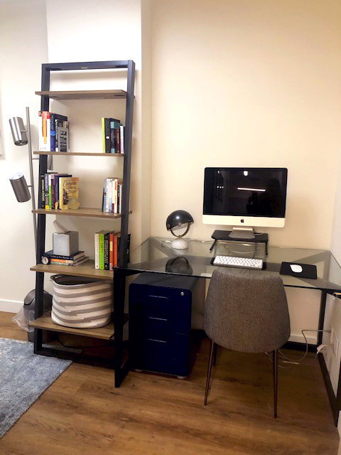 grand-central-room-1-desk.jpg