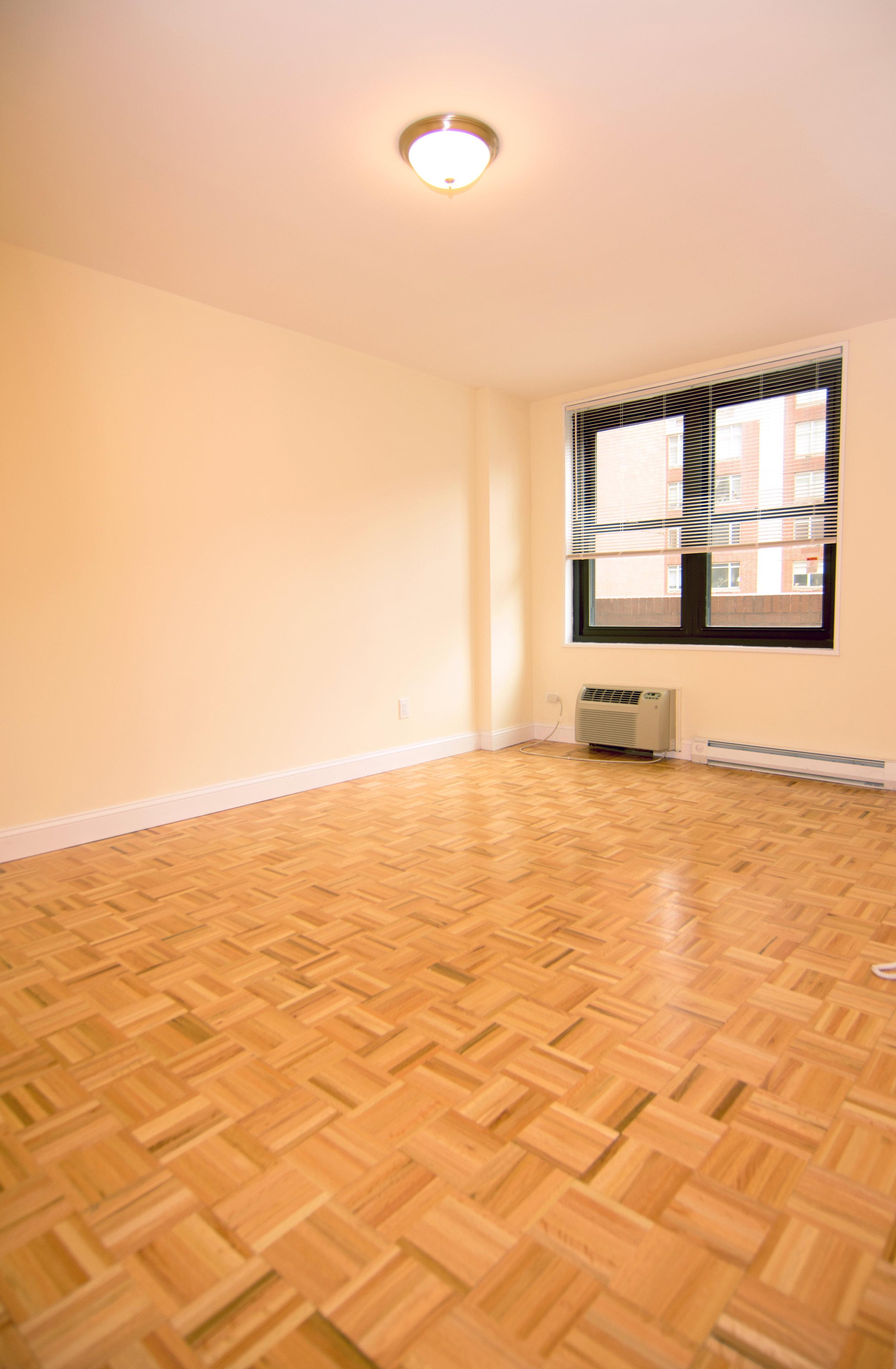 Upper-East-Side-room-1.jpg