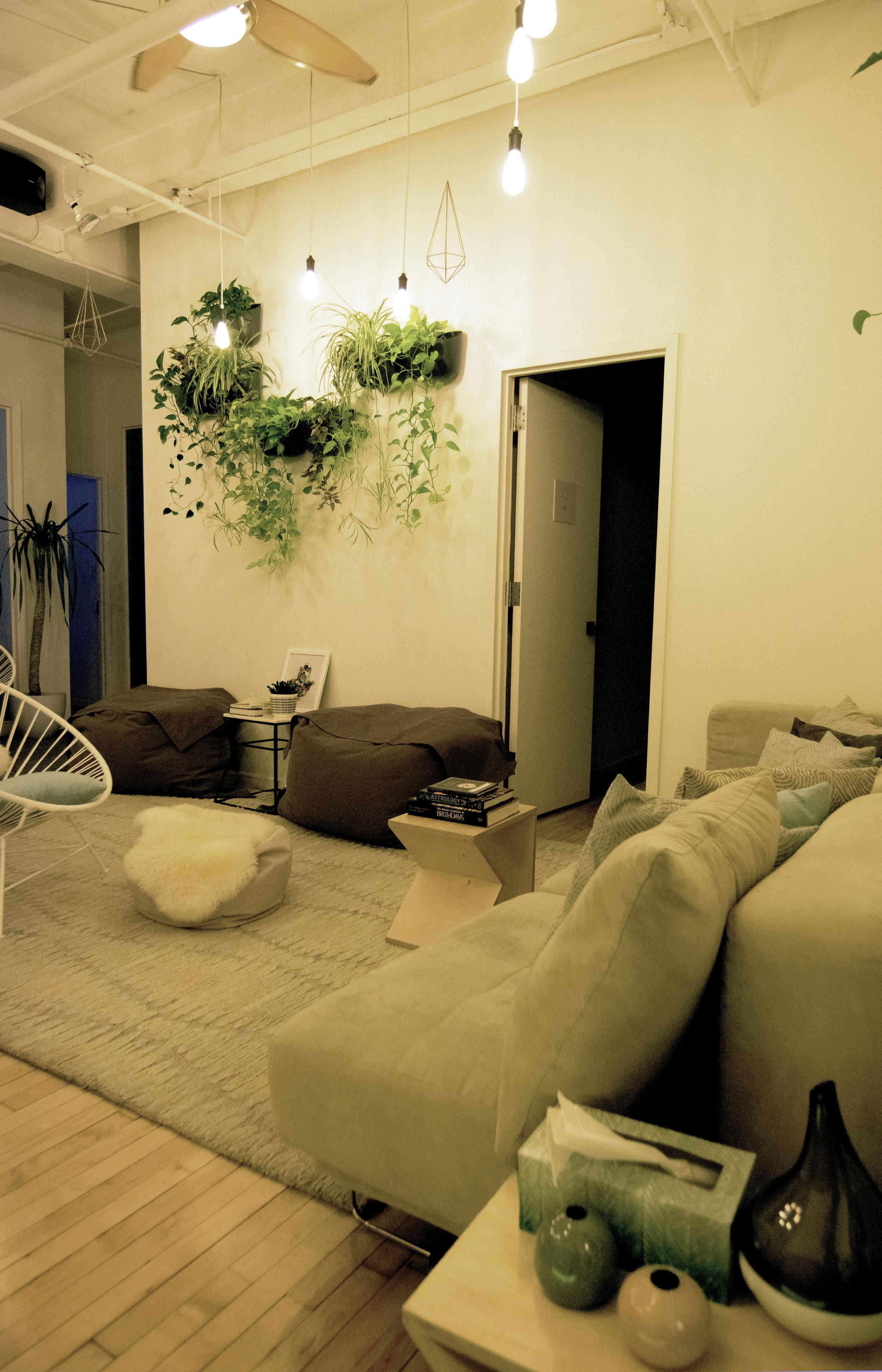 Chelsea 2 Common Room.jpg