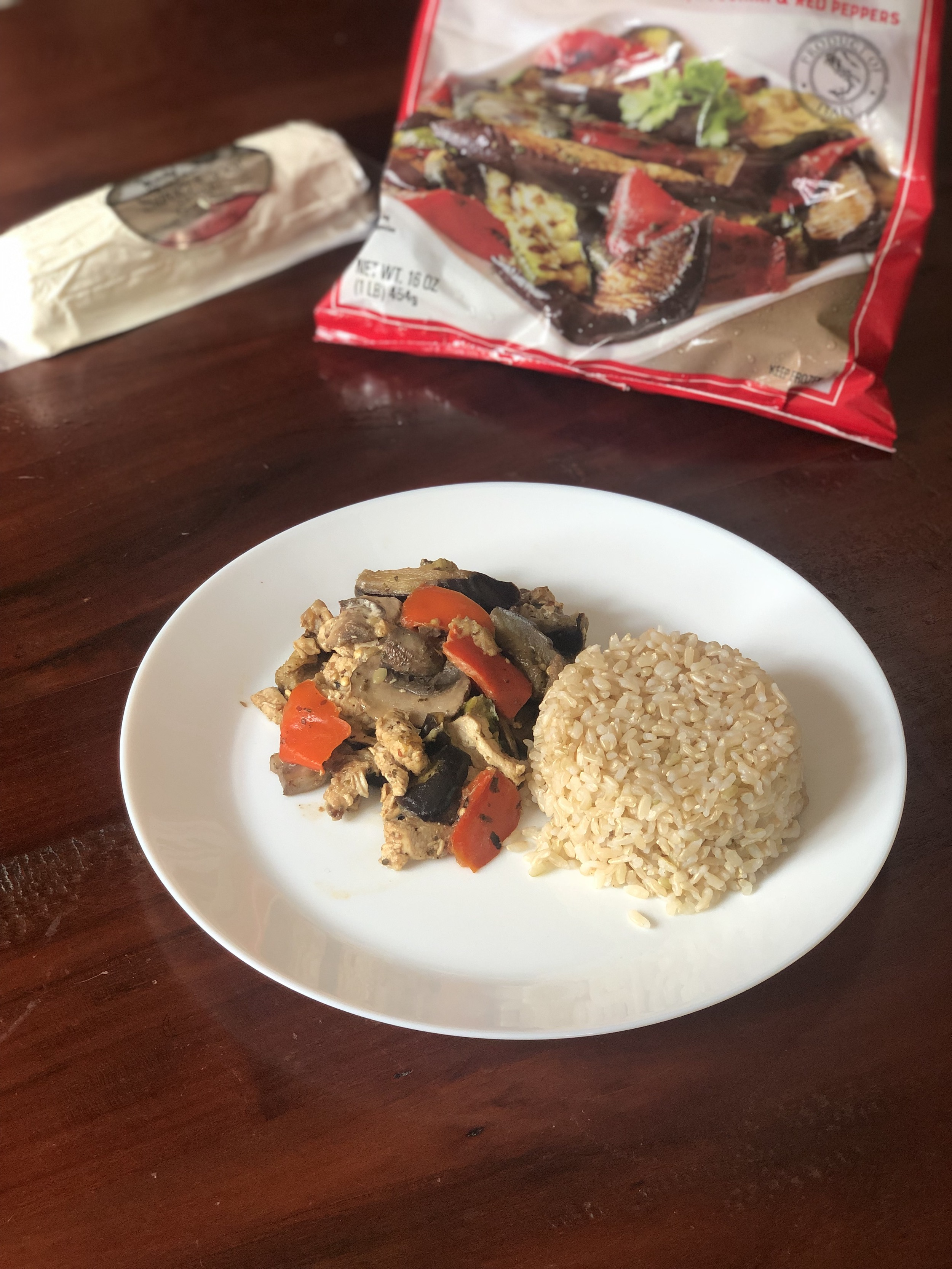 Healthy Eating at Trader Joes | Creamy Chicken and Vegetable Stir-Fry | Recipe Ingredients