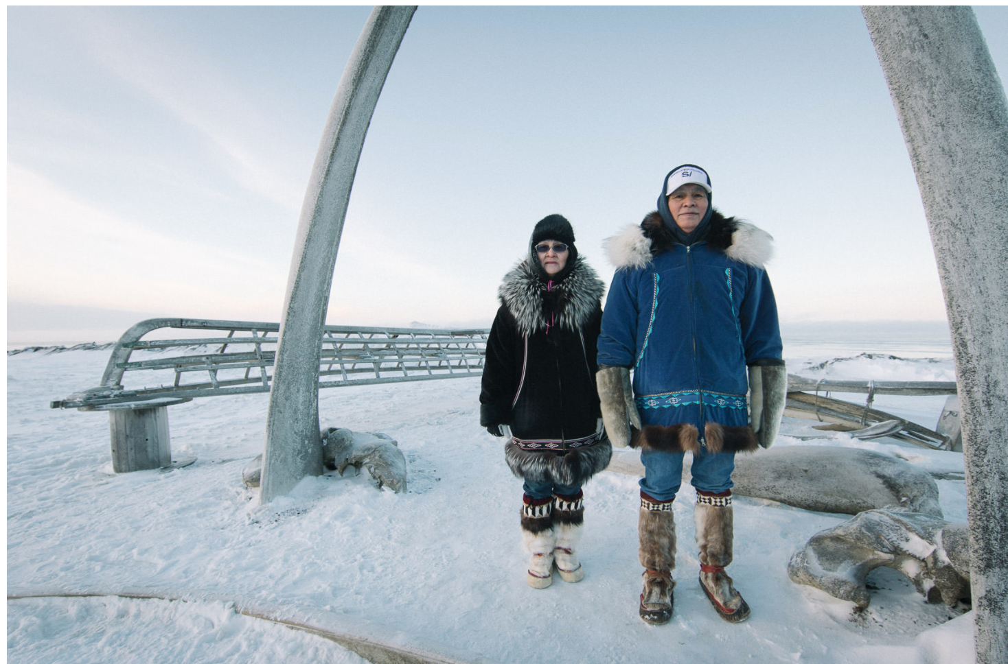 On the left Nora Adams. On the right Sheldon Adams, captain of the Iñupiaq whaling crew. All images throughout courtesy of Kiliii Yüyan ©