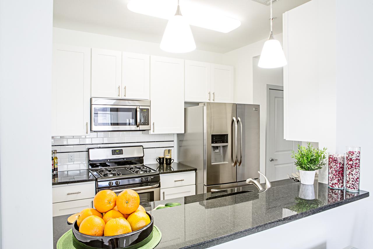kitchen2e v1.jpg