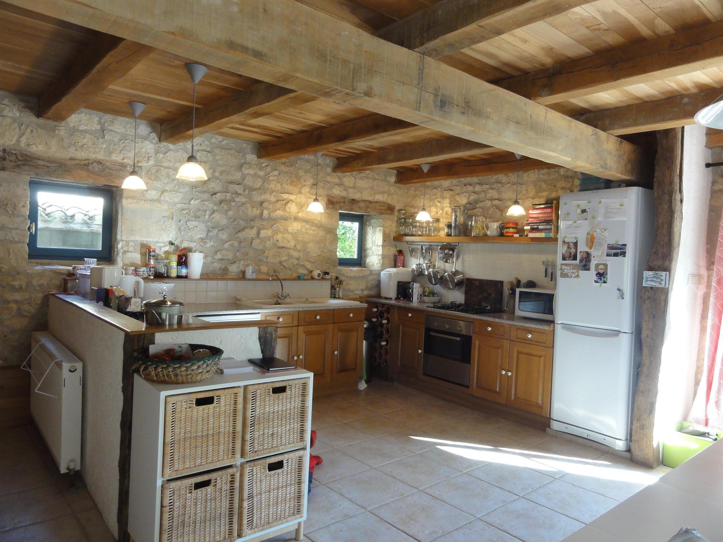5 house kitchen.jpg