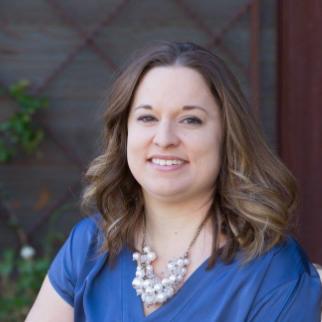 Headshot of Julie White from J White Designs Arizona