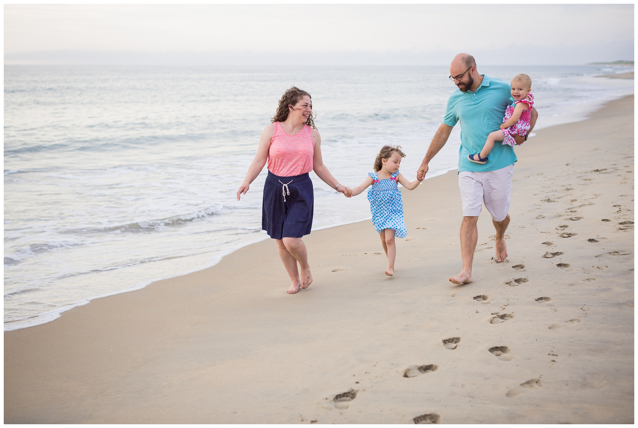 Virginia-Beach-Family-Photographer-5.jpg