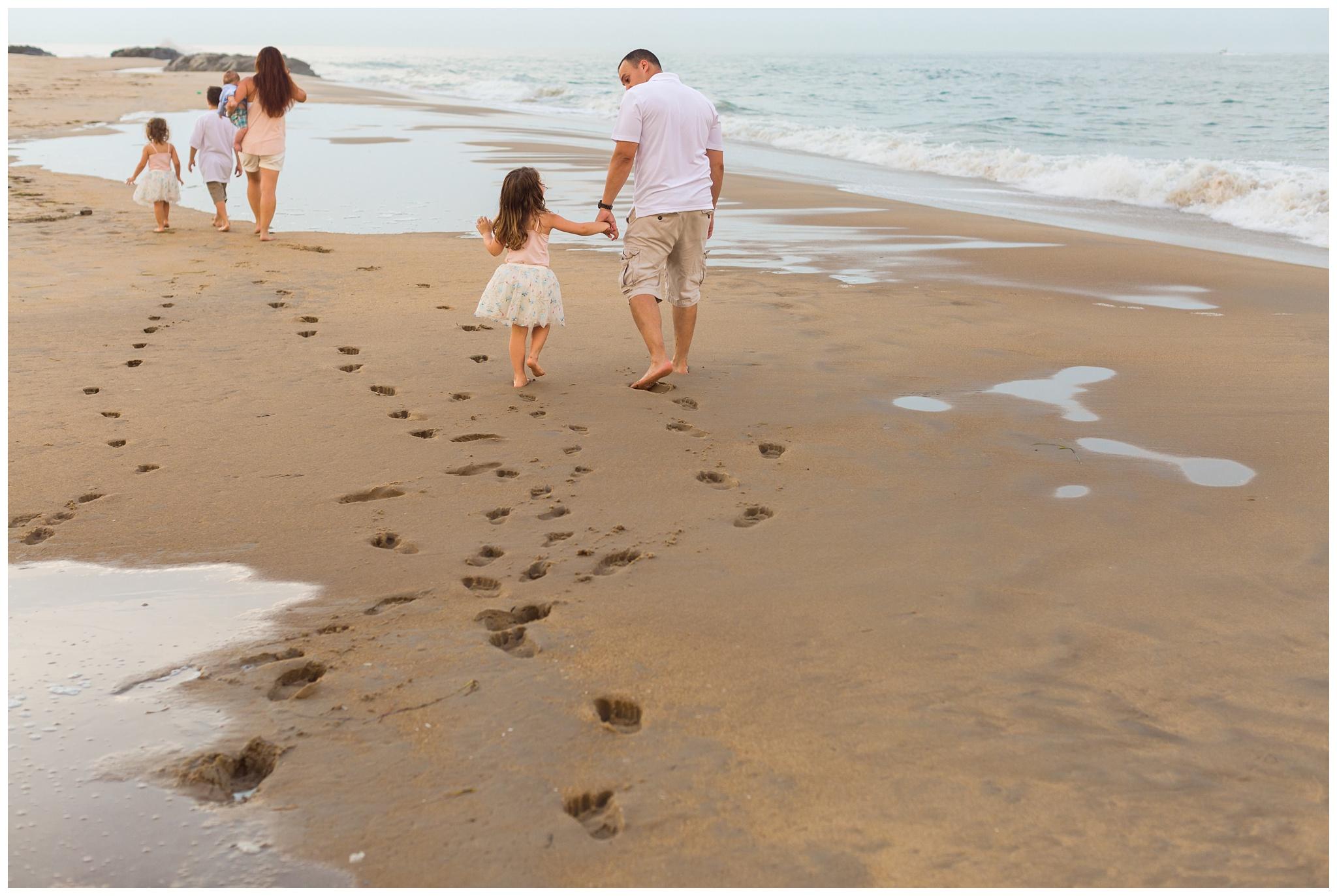 Virginia-Beach-Family-Photographer -8-2.jpg