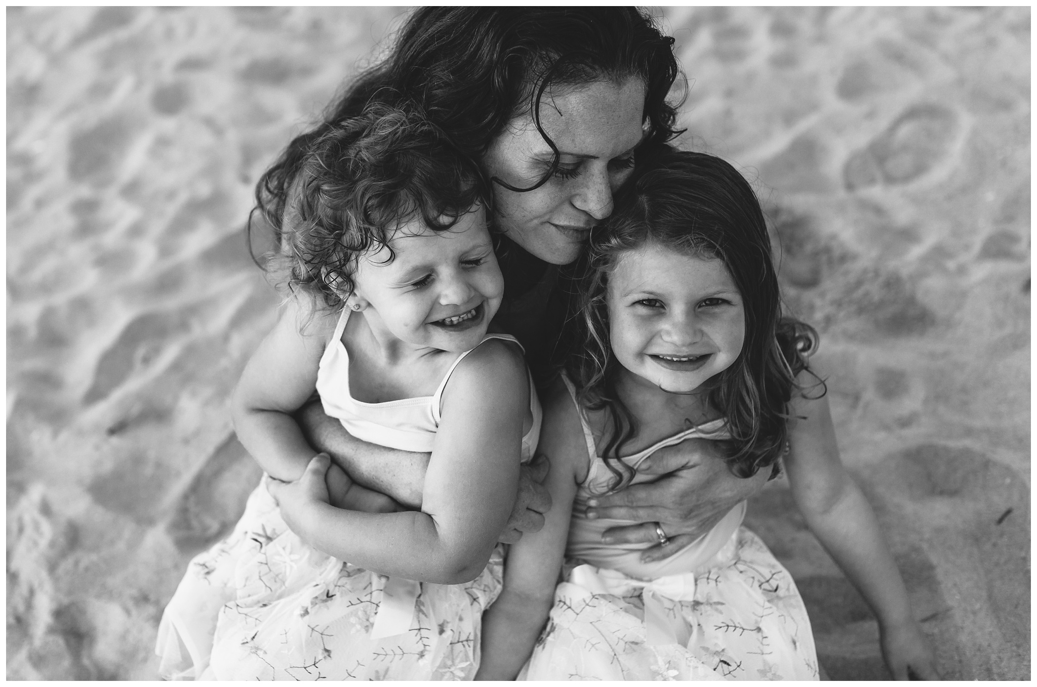 Virginia-Beach-Family-Photographer -10-2.jpg
