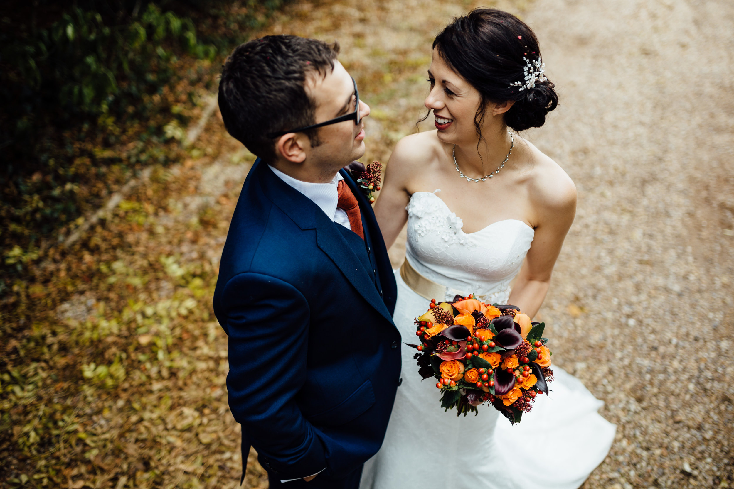 Autumnal bridal flowers by Tineke Floral Designs in Derbyshire.