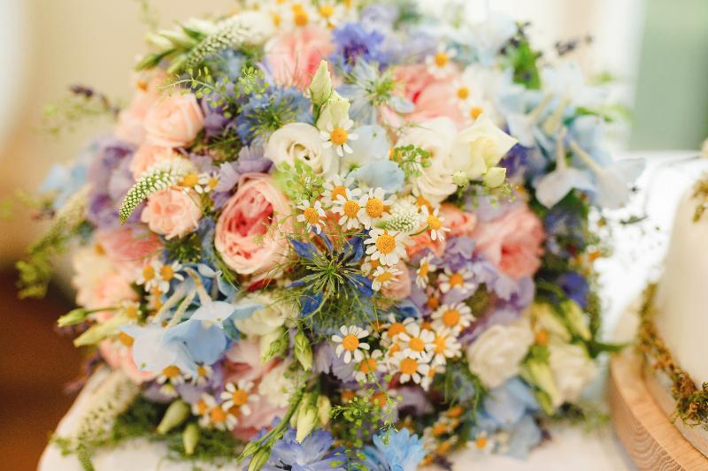 Jo's bridal bouquet by Tineke