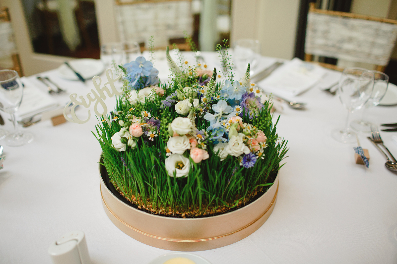 Country garden floral table styling by Tineke floral designs in Derbyshire.