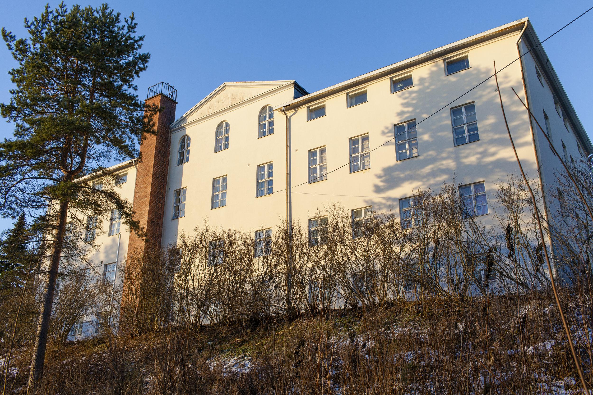 Matematiikkalinjan rakennus Kivitalo tarjoaa  hyvät puitteet niin opinnoille, asumiselle kuin harrastuksillekin.