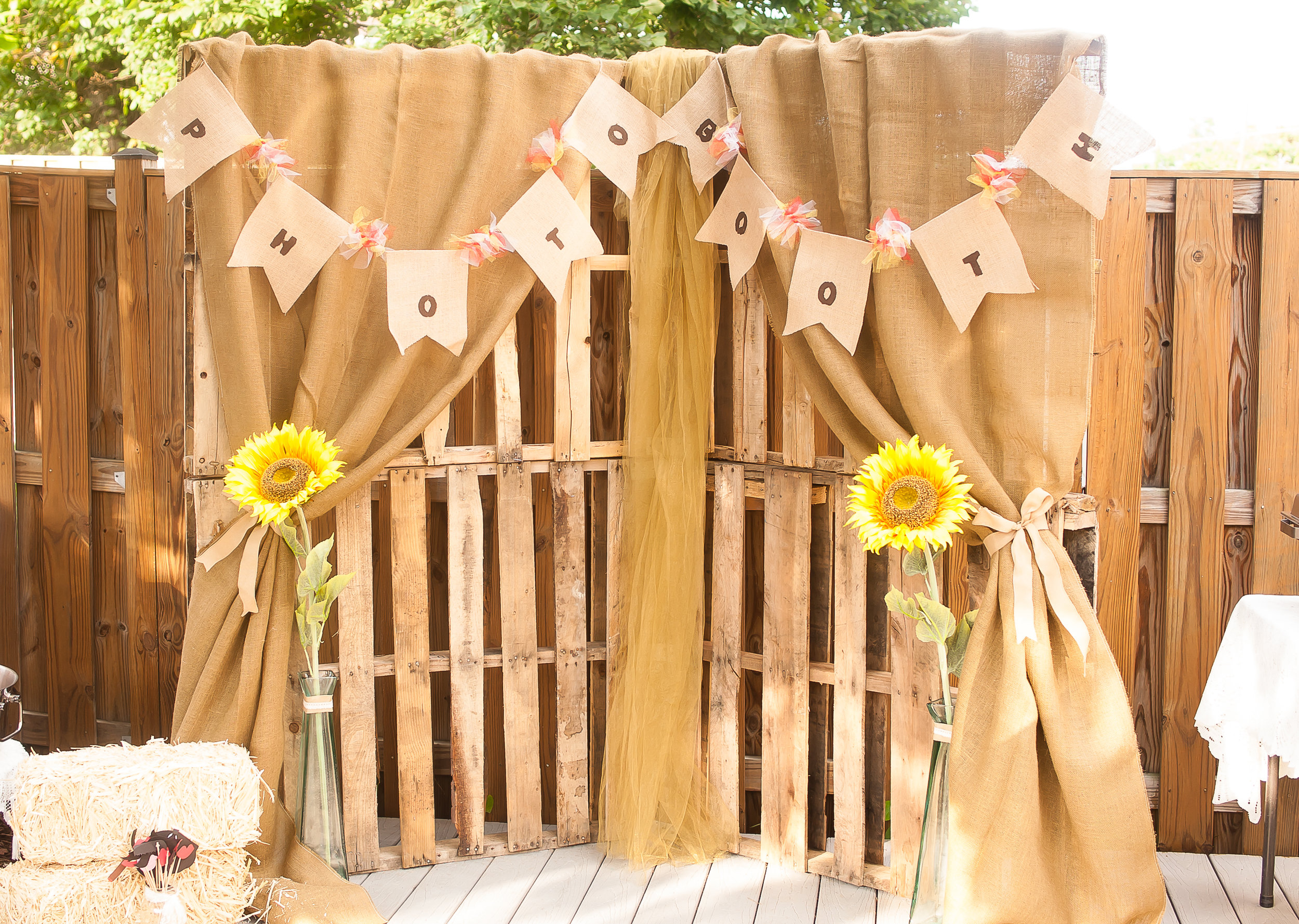 Wood Pallet Photo Booth