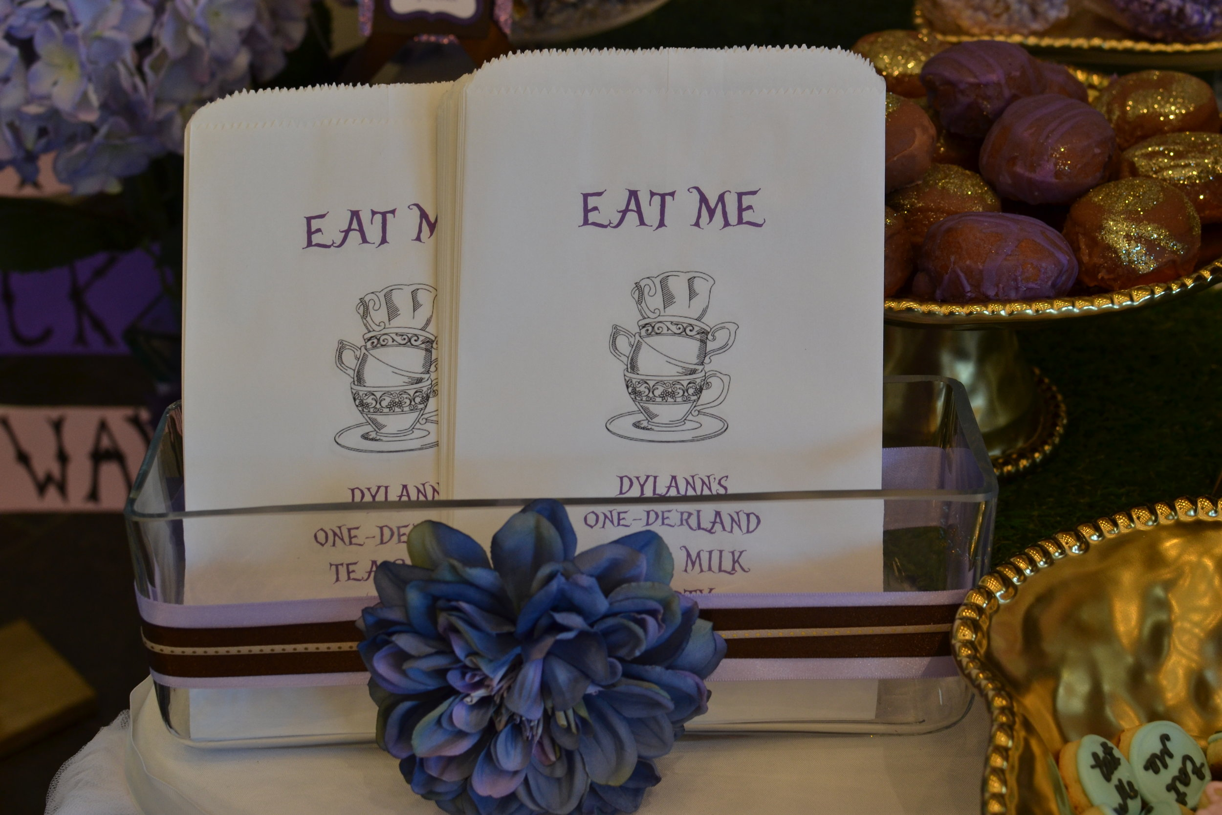 One-derland Tea Party Dessert Table Favor Bags