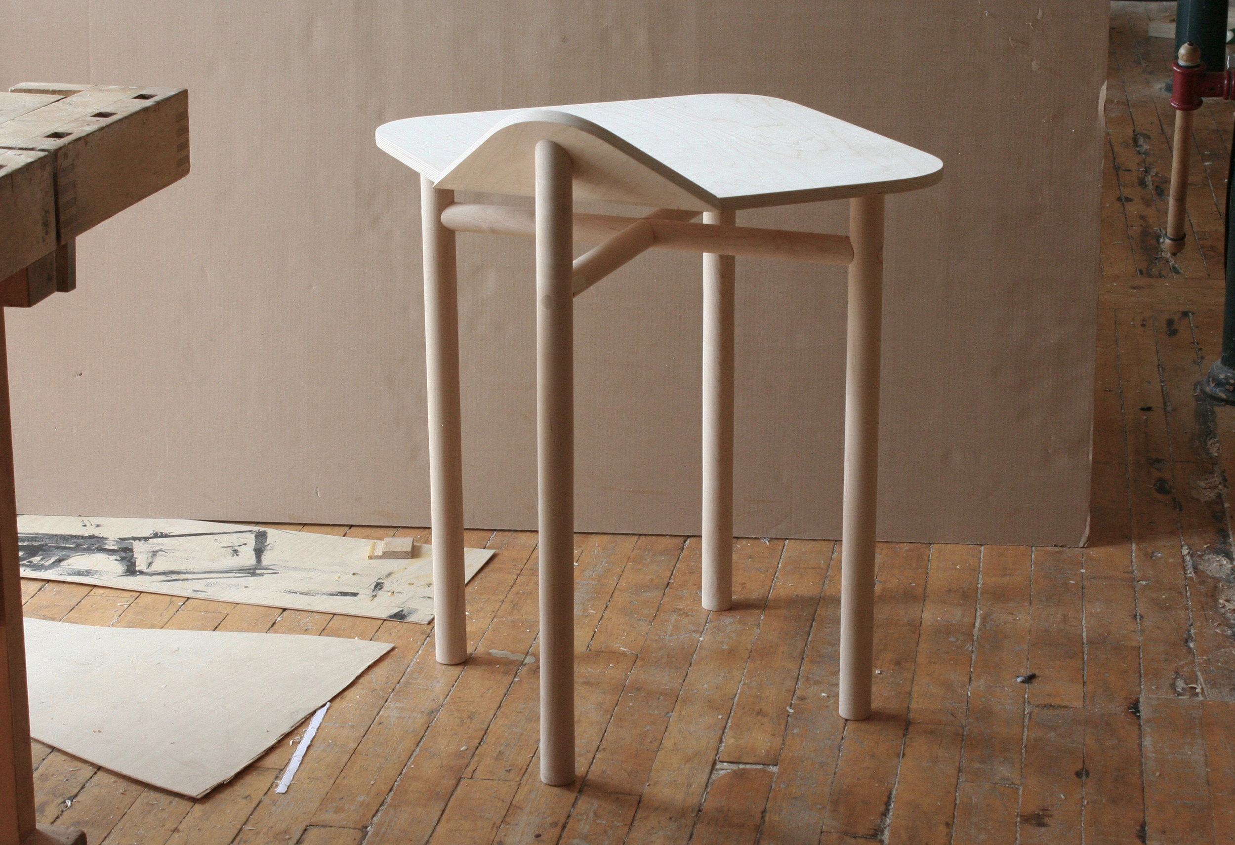 tablewithtennon.jpg