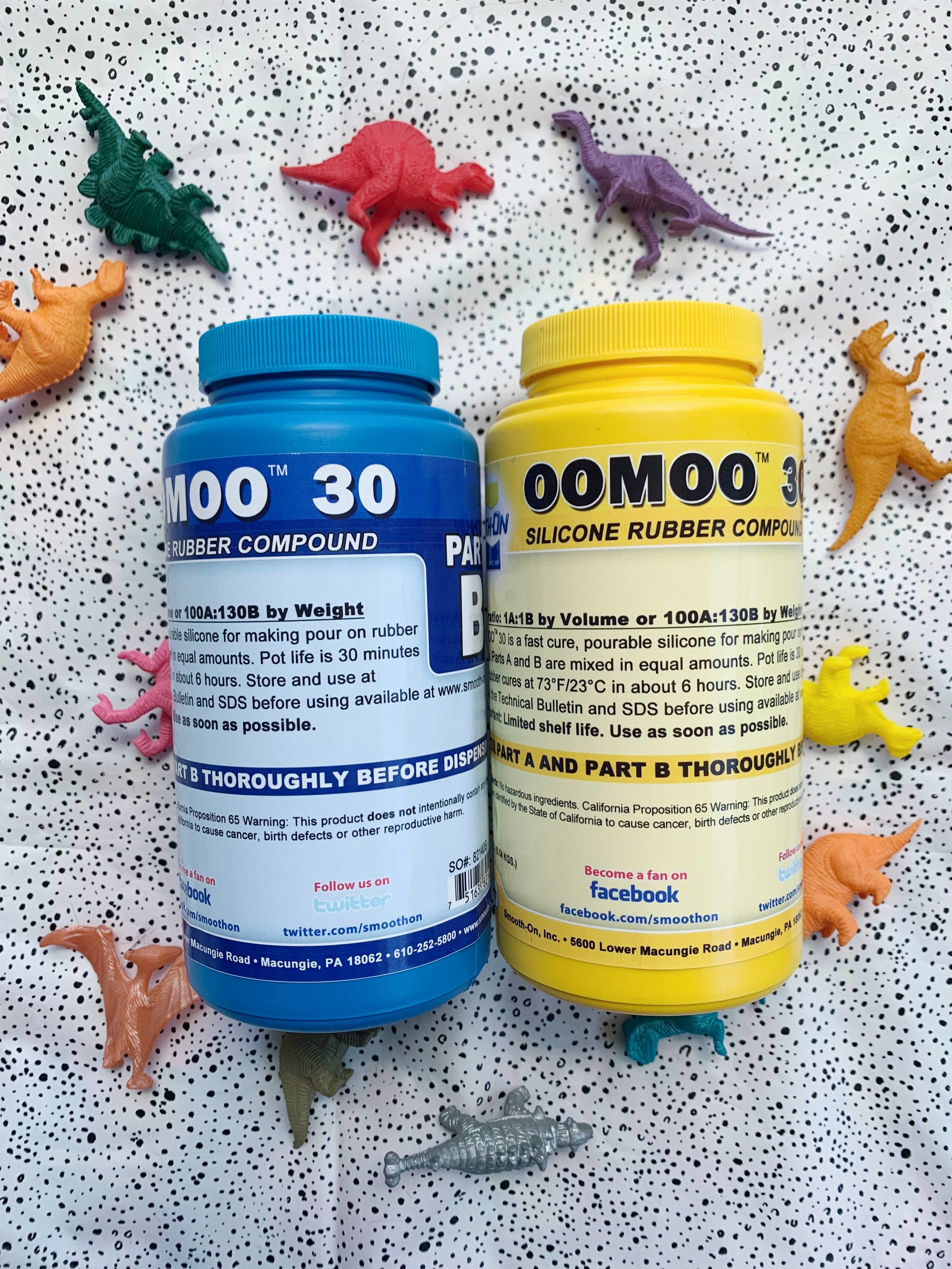 Oomoo 30 is a 1:1 ratio mold making material
