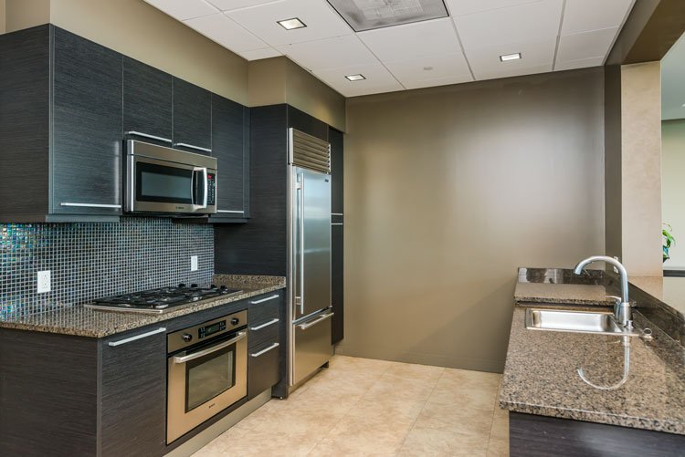 common-kitchen-1.jpg