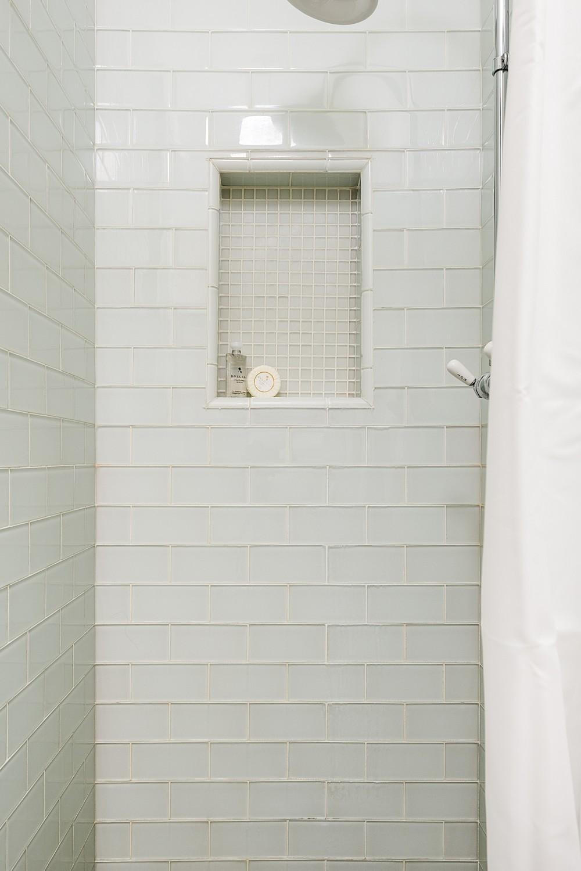 Bath1-2.jpg