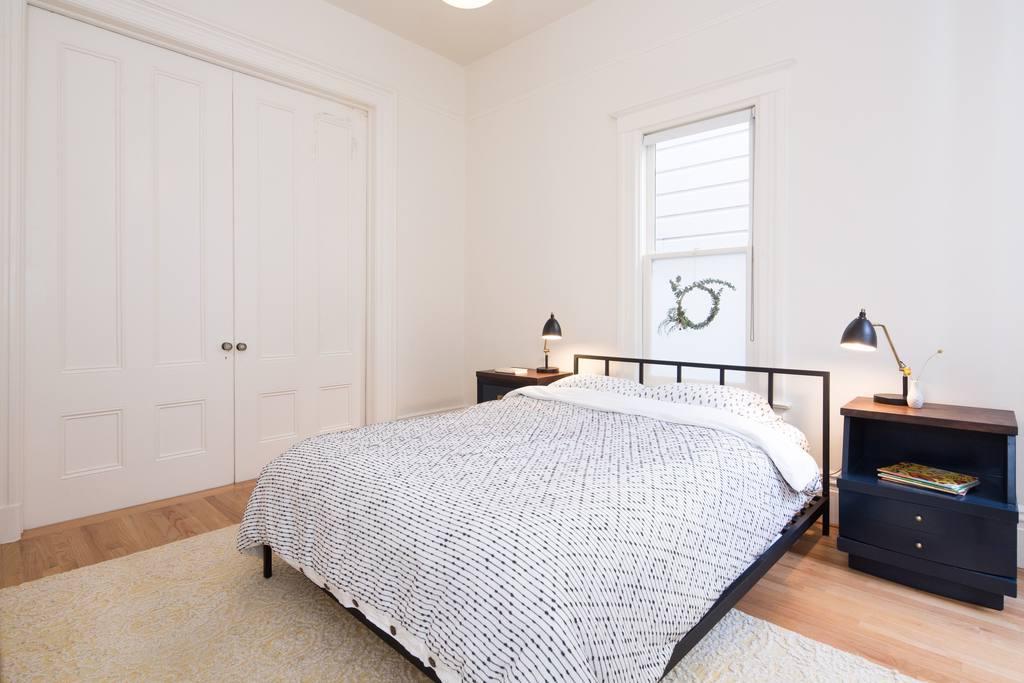 bedroom 1.5.jpg