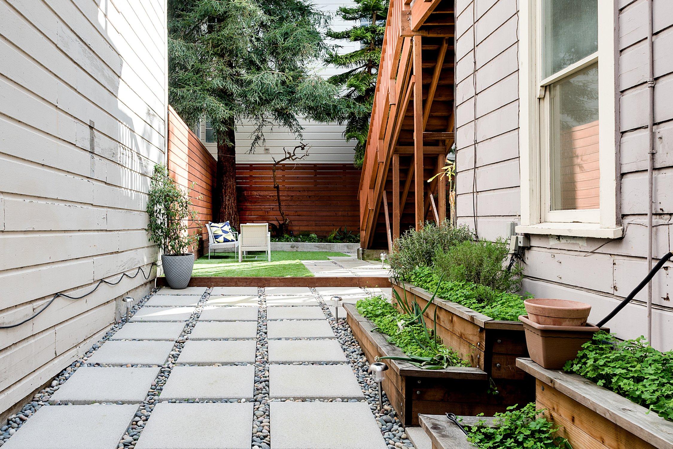 backyard 4.jpg